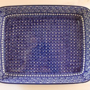Straight edged oven dishes