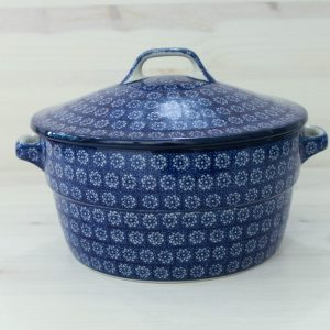 Lidded dishes/pots